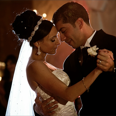 Learning library for wedding photographers the wedding for Low light wedding photography